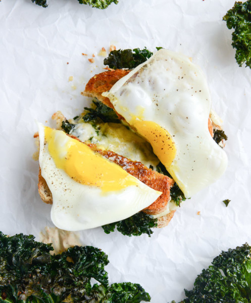 crispy-kale-grilled-cheese-I-howsweeteats.com-7